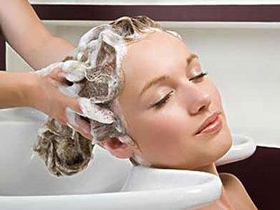 剖腹产后多久可以洗头