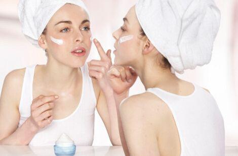 孕妇补水护肤品